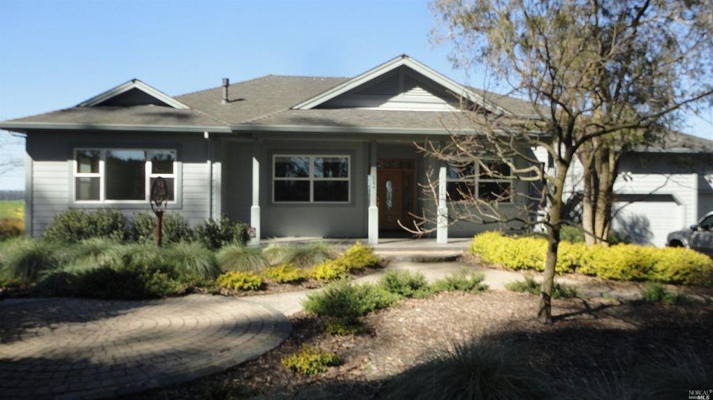 244 Valley View Dr, Petaluma, CA 94952
