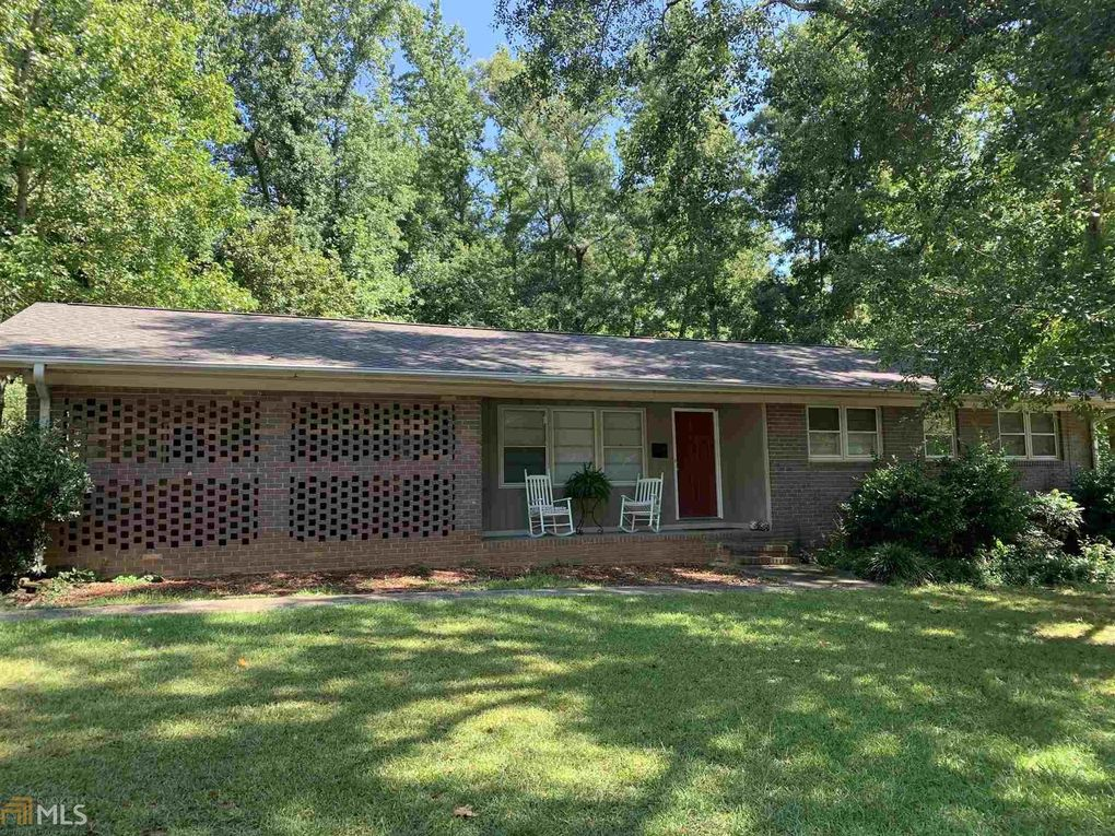 180 Evergreen Ter Winterville, GA 30683