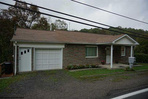 5264 Fairmont Rd, Rivesville, WV 26588