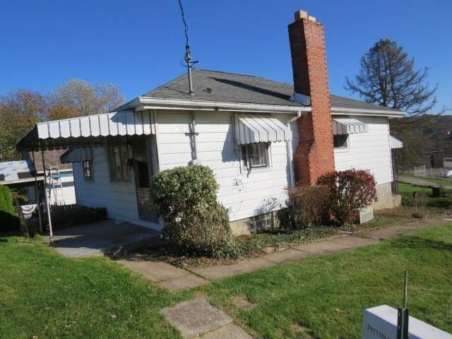 3490 Frye Ave Finleyville, PA 15332