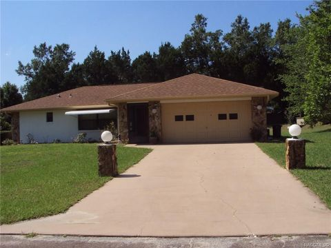 Photo of 7392 W Pinebrook St, Crystal River, FL 34429