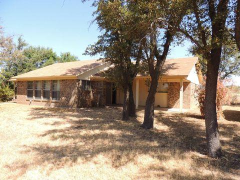 Photo of 1001 Park St, Brady, TX 76825