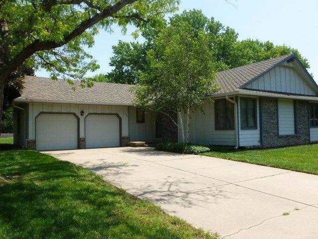 128 S Tarabury Ln Wichita, KS 67209
