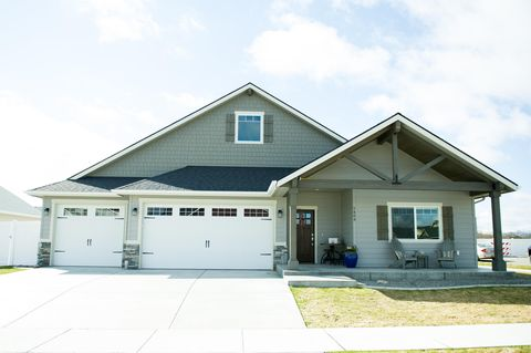 Photo of 1494 W Malaga Ave, Hayden, Idaho
