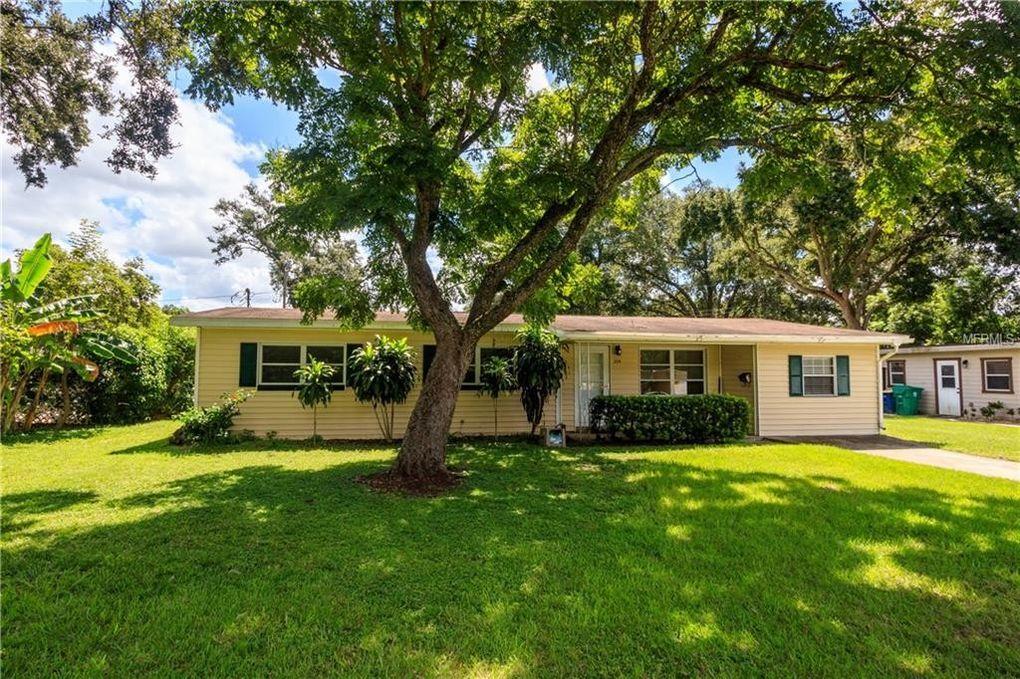 225 Virginia Dr Winter Garden, FL 34787