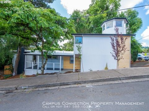Photo of 2705 Lincoln St, Eugene, OR 97405