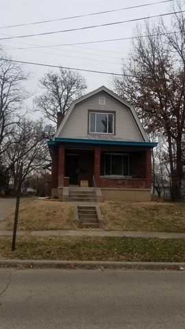 1836 Catalpa Ave, North College Hill, OH 45239