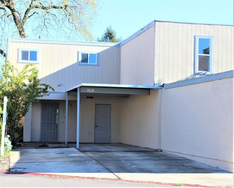 Photo of 769 Rockwell Pl, Santa Rosa, CA 95401