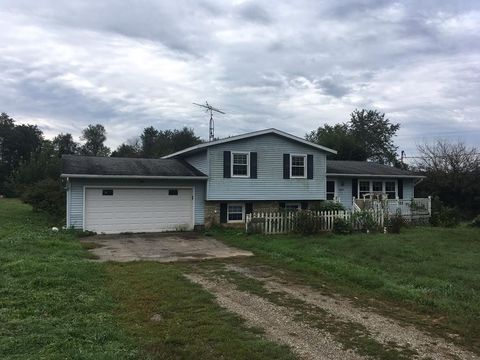 Photo of 827 Township Road 2206, Perrysville, OH 44864
