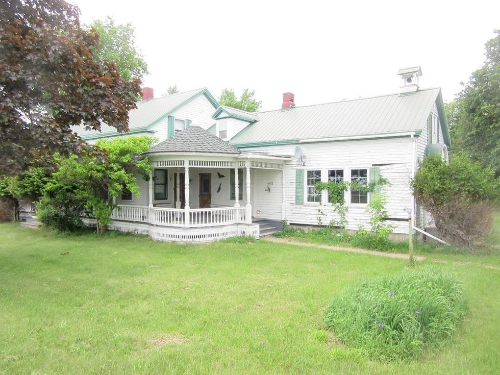 1531 State Route 122 Constable, NY 12926