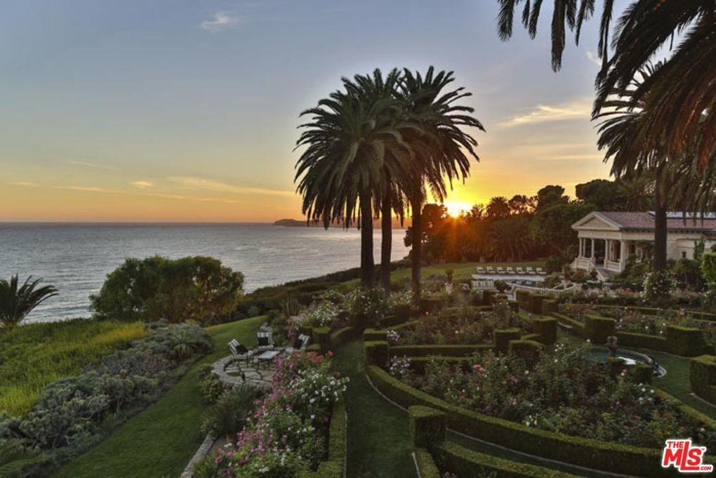 9 Best cher Home Malibu images | Luxury interior ...