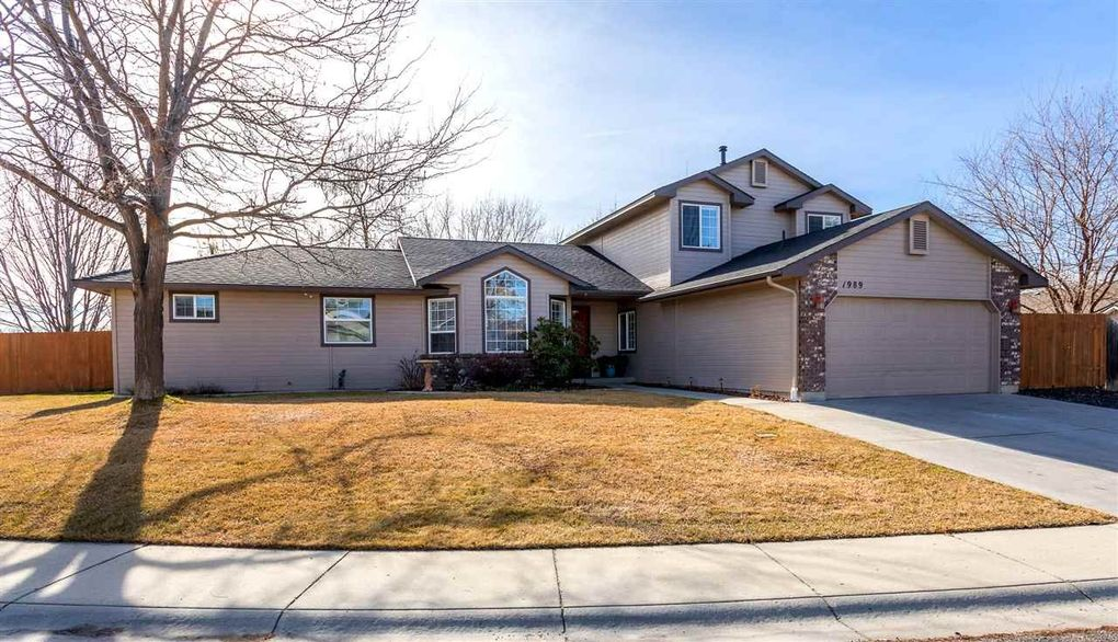 Superbe 1989 N Trail Creek Way, Eagle, ID 83616
