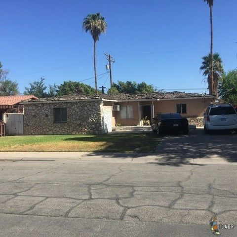 calexico ca houses for sale with swimming pool