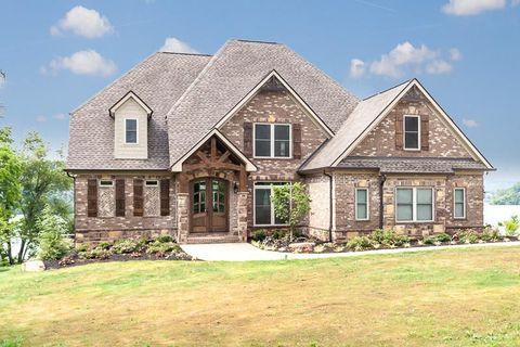 4628 Gravelly Hills Rd, Louisville, TN 37777