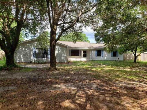 Photo of 364 Mc Kenzie Rd, Cantonment, FL 32533