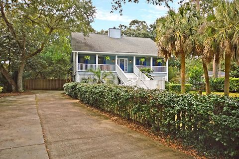 Photo of 19 24th Ave, Isle Of Palms, SC 29451