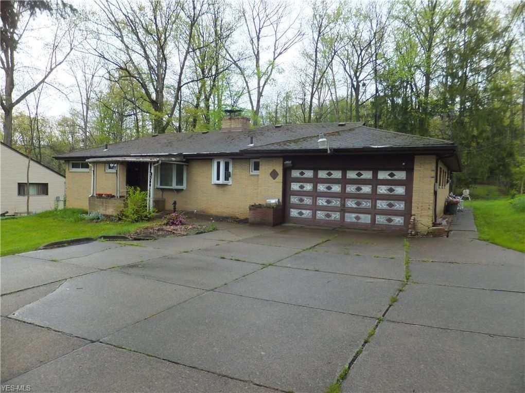 5890 E Wallings Rd Broadview Heights, OH 44147