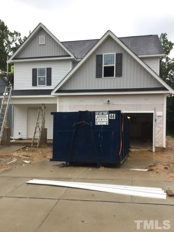 93 W Lumber Ct, Clayton, NC 27520