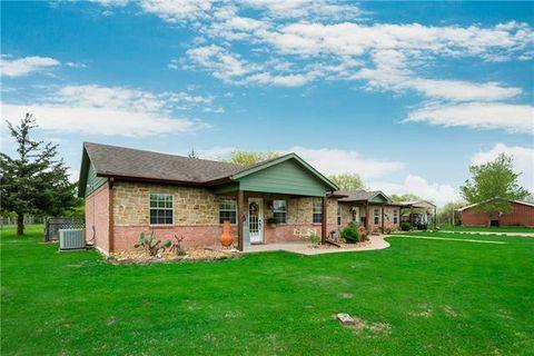 7348 Se County Road 3050, Corsicana, TX 75109