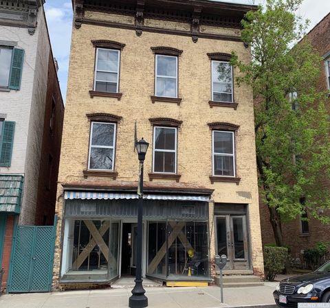 Hudson, NY Real Estate - Hudson Homes for Sale - realtor com®