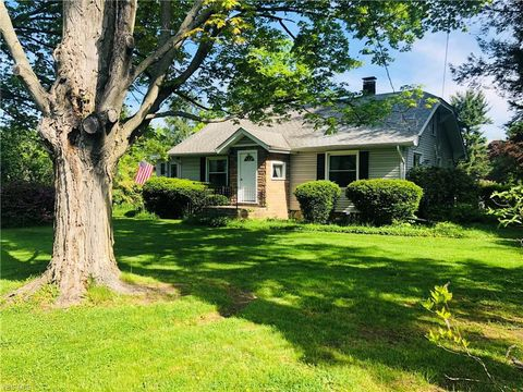 Photo of 830 E South Range Rd, North Lima, OH 44452