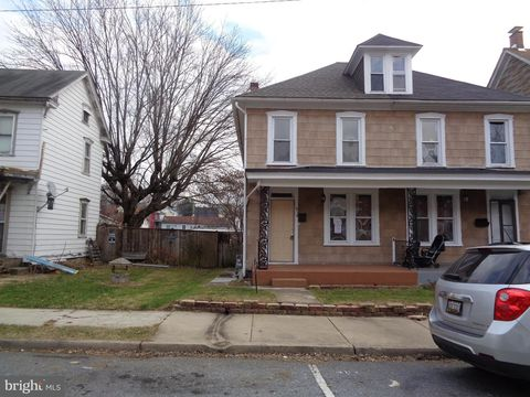 414 Mc Dowell Ave, Hagerstown, MD 21740