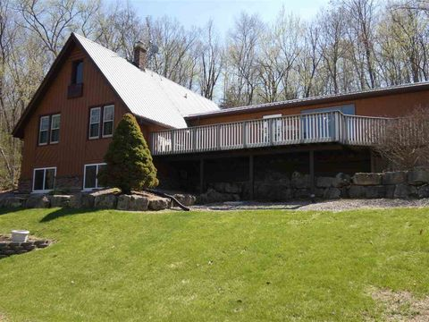 Photo of 14553 Valley View Rd, Mount Hope, WI 53816