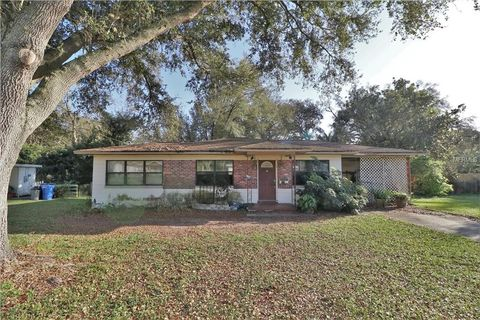 Photo of 203 E Sadie St, Brandon, FL 33510