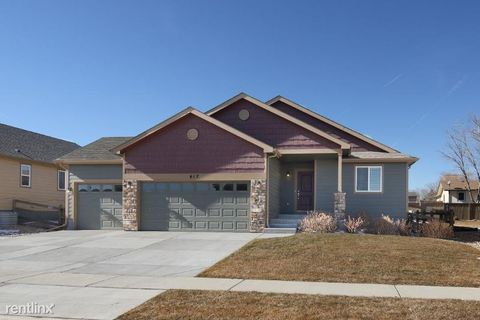 Photo of 617 Canyonlands St, Berthoud, CO 80513