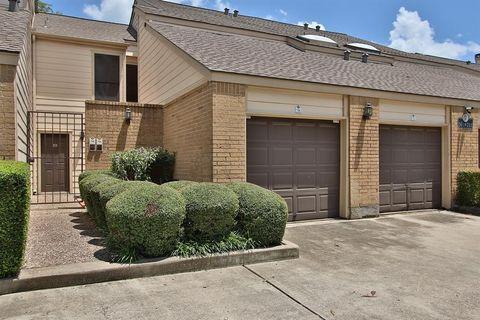 2277 S Kirkwood Rd Apt 705, Houston, TX 77077