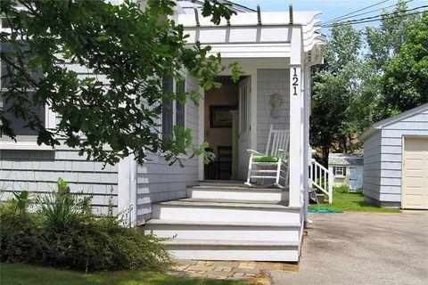 Photo of 121 Prospect Ave, Middletown, RI 02842