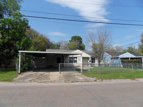 Photo of 2407 Windsor Ln, Pasadena, TX 77506