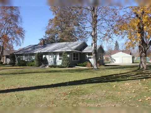 1100 Oakwood Ave, Benson, MN 56215