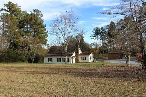Photo of 6848 Peniel Rd, Tryon, NC 28782