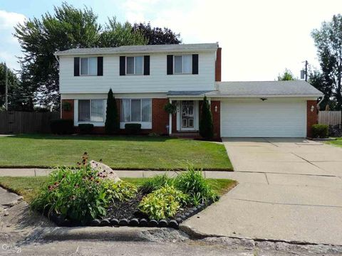 Photo of 33742 Dyar Ct, Sterling Heights, MI 48310