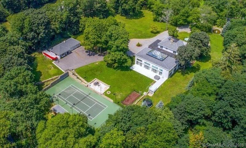 345 Governors Ln, Fairfield, CT 06824 - realtor.com®
