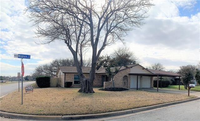 6560 Windrock Dr Watauga, TX 76148