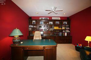 4208 Walnut Creek Ln, Sandusky, OH 44870 - Bedroom