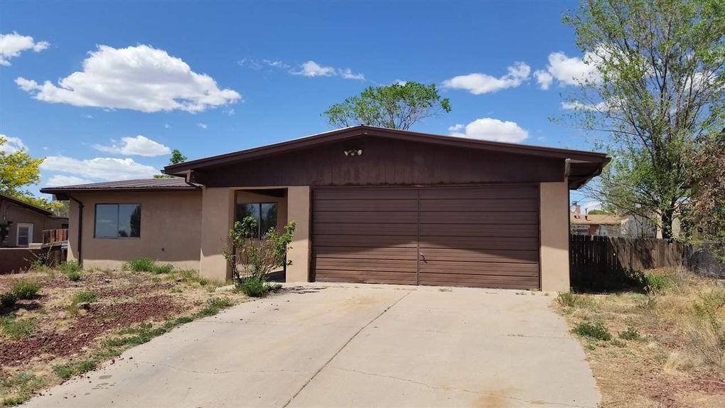 2707 Paseo De Tularosa Santa Fe, NM 87505