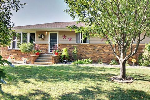 Photo of 1330 28th Ave N, Fort Dodge, IA 50501