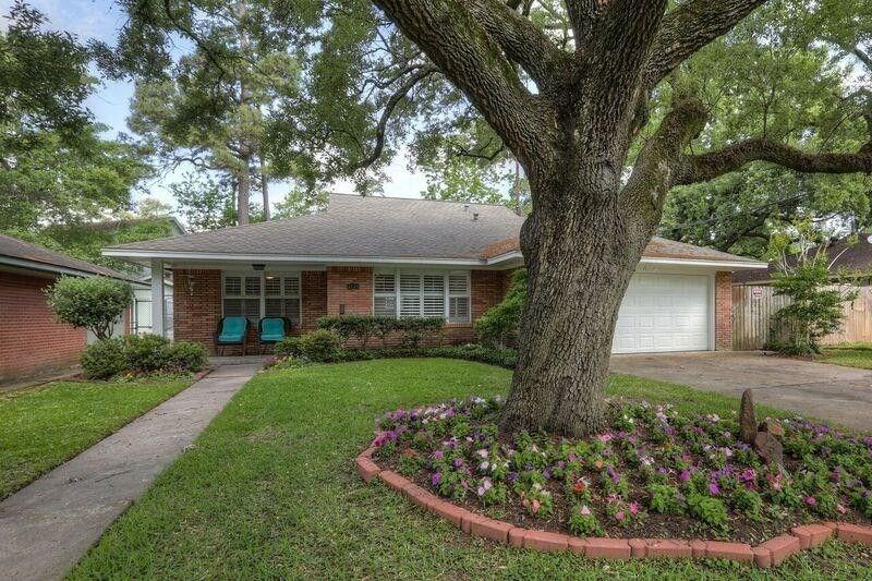 4359 Rosslyn Rd, Houston, TX 77018 - realtor.com®