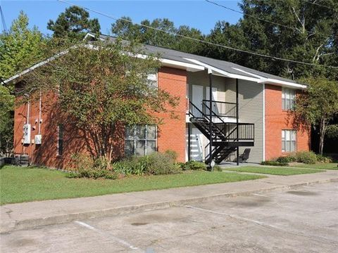 Photo of 390 Guzzardo Ln Apt 1 C, Independence, LA 70443