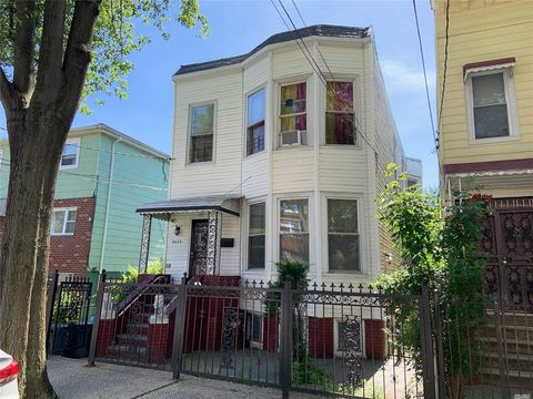 Mott Haven Ny Multi Family Homes For Sale Real Estate Realtor Com