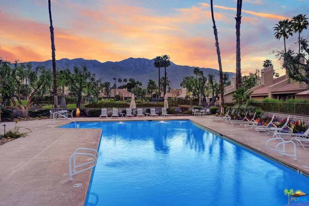 2950 E Escoba Dr Apt A Palm Springs, CA 92264