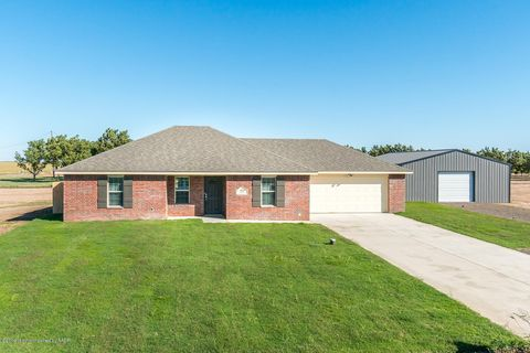 Photo of 10156 Mossberg Rd, Canyon, TX 79015