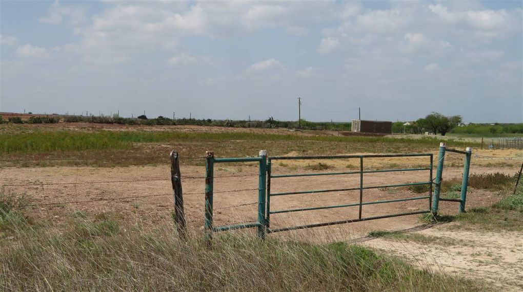 8012 State Highway 359, Laredo, TX 78046