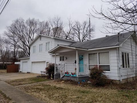 Photo of 109 Copple St, Benton, IL 62812