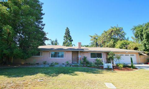 3221 W Tulare Ave, Visalia, CA 93277