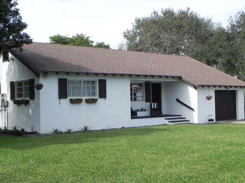 Photo of 1906 N Swinton Ave, Delray Beach, FL 33444