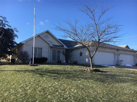 Photo of 2 Sunflower Ln, Hannibal, MO 63401